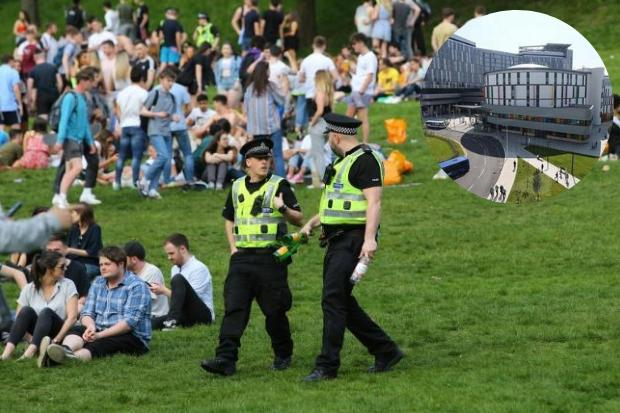 Kelvingrove Park gang attack: Teen, 17, in hospital
