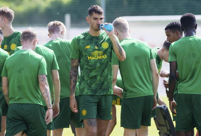 Nir Bitton in training