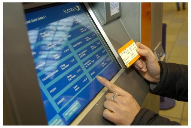 ScotRail ticket machines and booking offices not taking card amid rush-hour