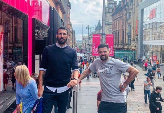 'Always in my heart Rangers FC': Carlos Cuellar catches up with Ibrox teammates in Glasgow