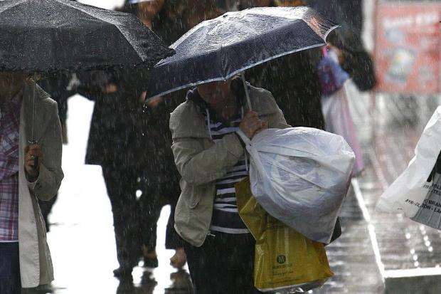 Glasgow warned of transport cancellations and flooding as heavy rain hits city