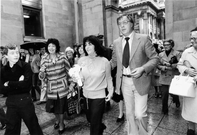 1979 - Elizabeth Taylor in Royal Exchange Square..Evening Times - Times Past..