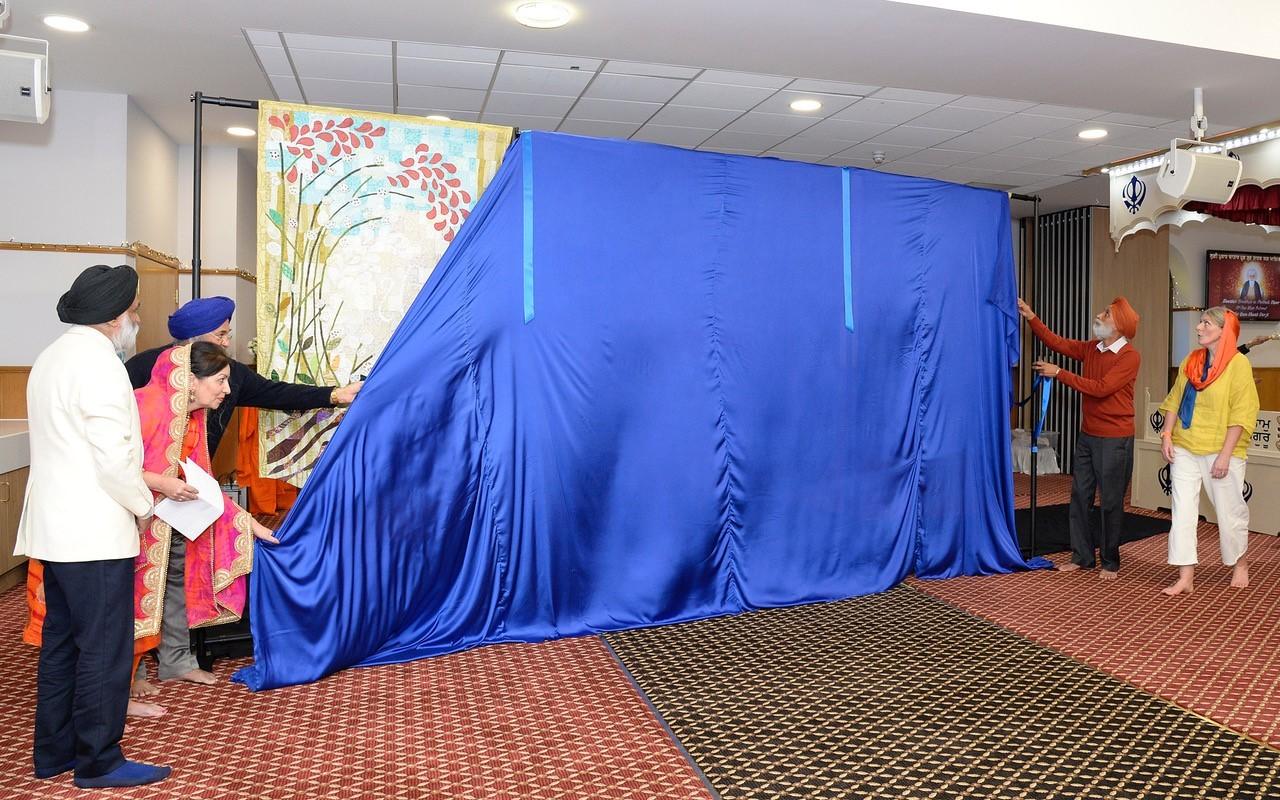 Multi-faith tapestry for peace created in Glasgow Gurdwara