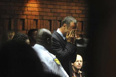 Pistorius weeps at his bail hearing