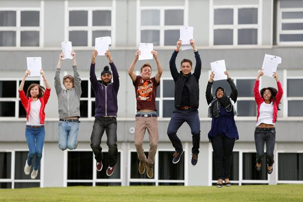 More than 30,000 Scottish pupils going to college or University after exam success