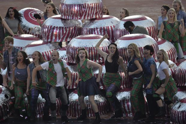 Opening ceremony Tunnock's teacake sells for £1605