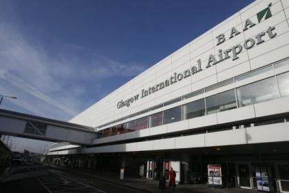 Passenger numbers rise at airports