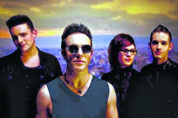 Glasvegas are back in Glasgow ... and back in the game