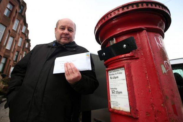 Yorkhill local Stewart Gibson found the Dalnair Street post box sealed