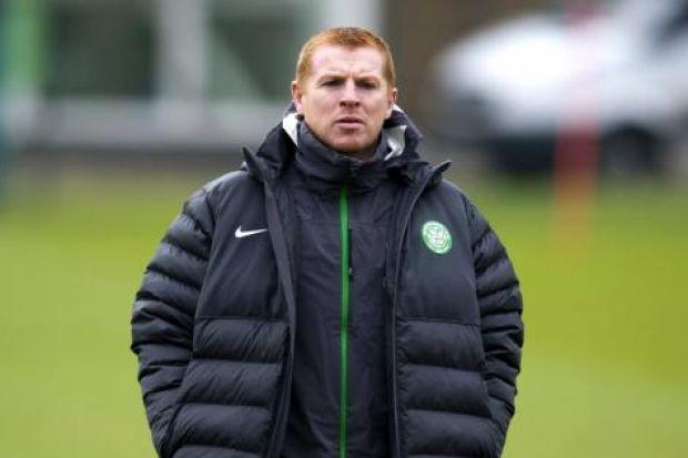 Neil Lennon has set his players a target of reaching 100 points en route to the SPFL title