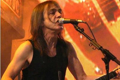 AC/DC guitarist 'too ill to play'
