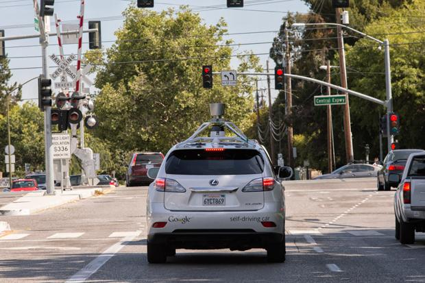 Self-driving cars 'coming soon'
