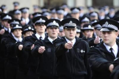 Police numbers fall to lowest level in three years