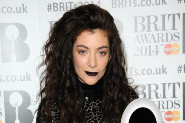 New Zealand pop star Lorde, appearing at Radio 1's Big Weekend in Glasgow, has collaborated with MAC  to create a make-up collection