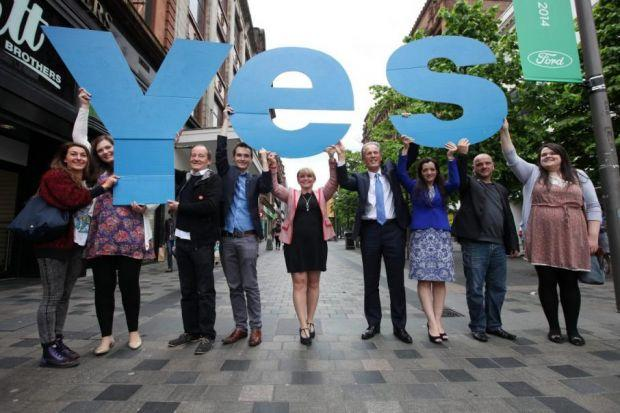 YES campaigners, including actor David Hayman, third from left, met voters in the city centre, while Better Together campaign director Blair McDougall knocked on doors in Govanhill to speak to undecided voters  Pictures: Colin Templeton and Mark Mainz