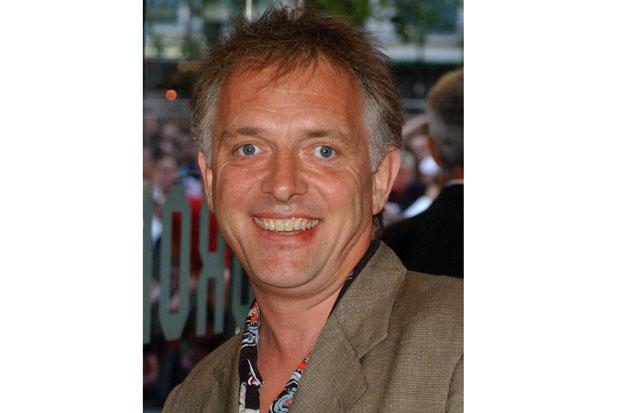 Stars turn out for TV comedian Rik Mayall's funeral