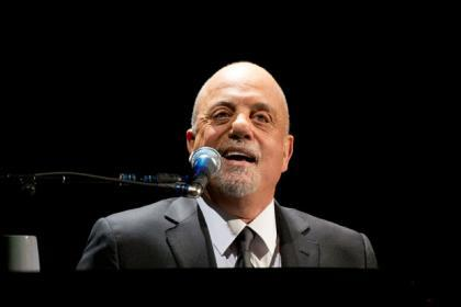Piano man Billy Joel handed pop prize honour