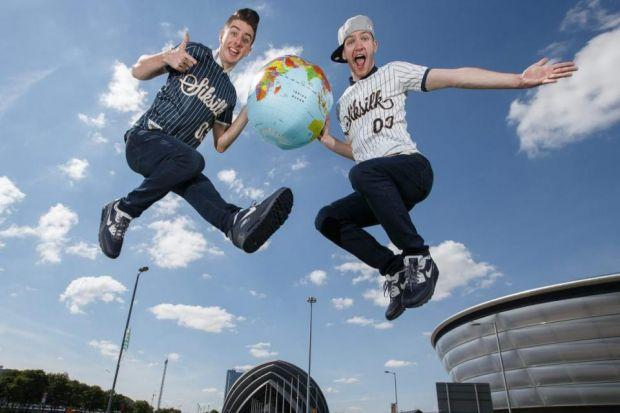 High-flying duo Twist and Pulse help launch the Wor