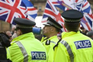 Police call for 'peaceful' Orange Order parade after last year's event marred by violence