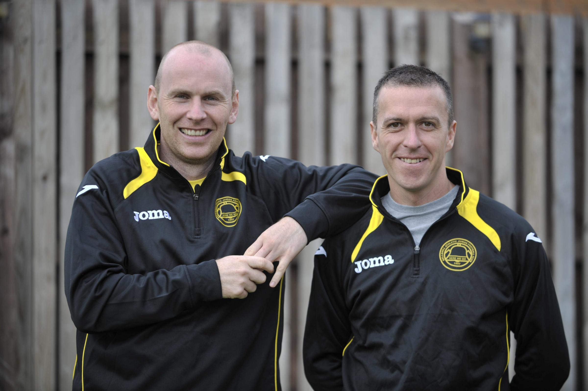 Robert Downs tendered his resignation on the eve of Arthurlie's Scottish Junior Cup victory against Wishaw on Saturday