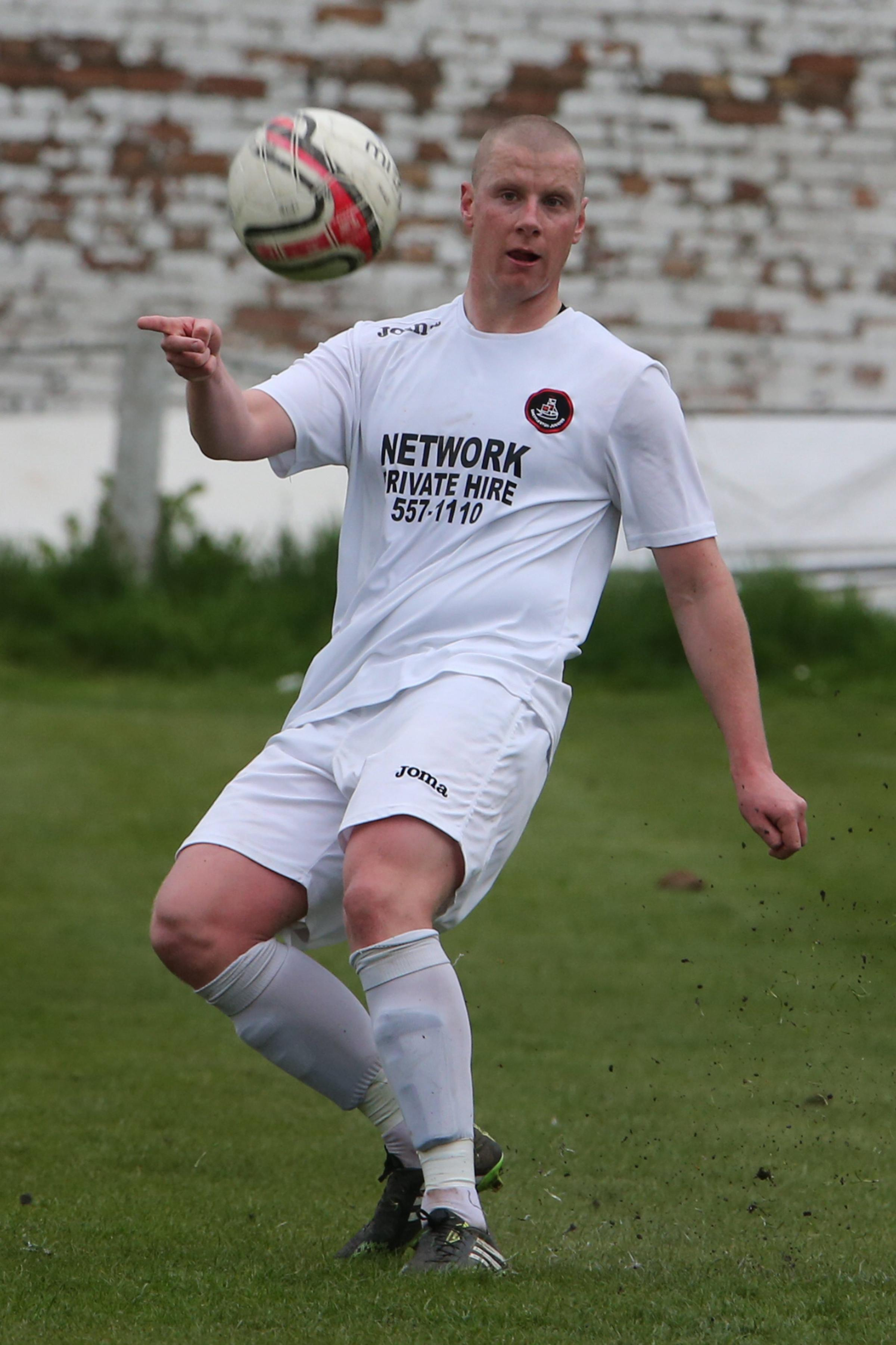 Shettleston v Maryhill 1 SA : Shettleston v Maryhill...Scott Anson of Shettleston ..Photographer Stewart Attwood.