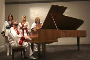 Mamma Mia! Abba's Dancing Queen piano expected to make 800,000 at auction