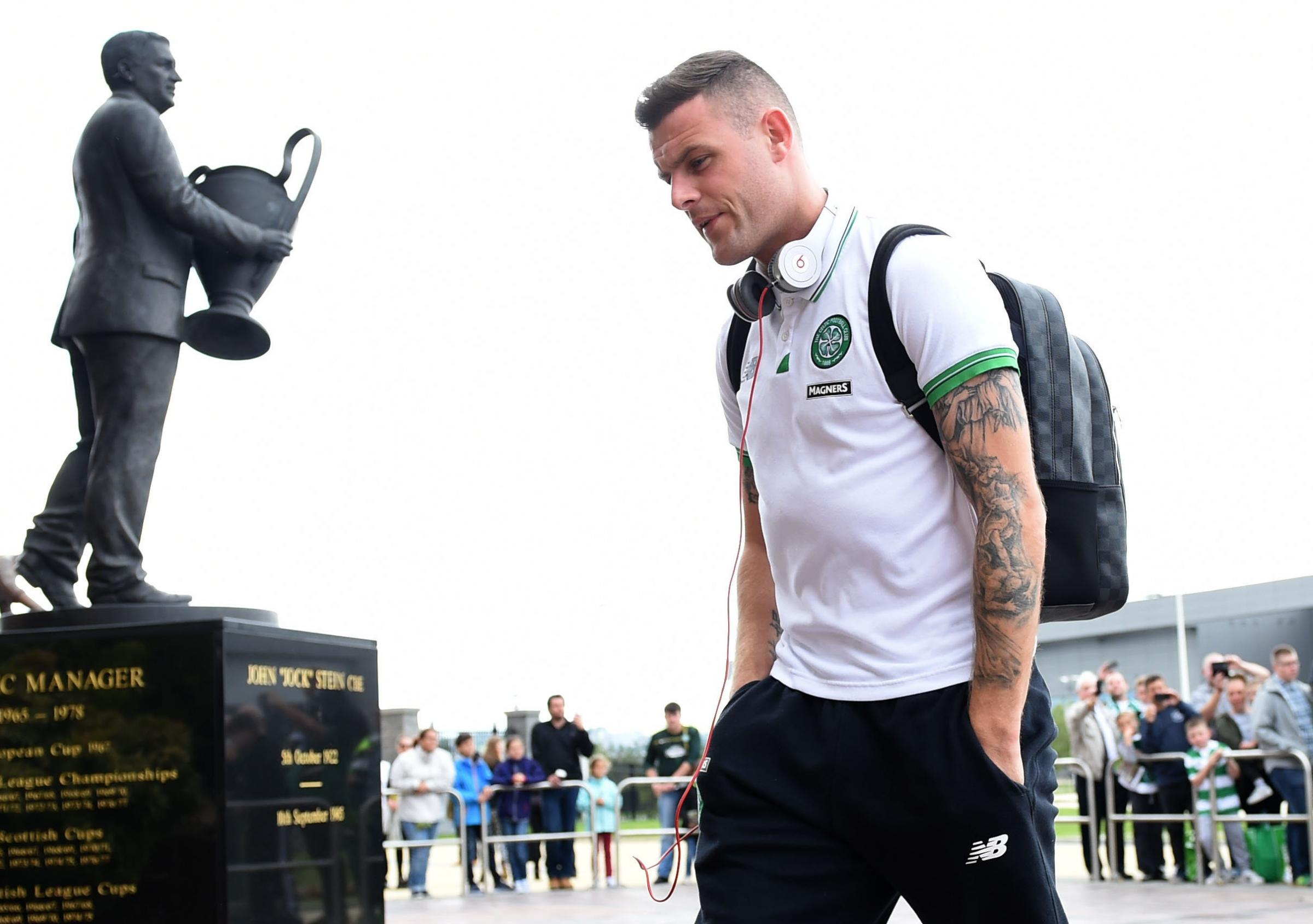 29/08/15 LADBROKES PREMIERSHIP . CELTIC v ST JOHNSTONE (3-1) . CELTIC PARK - GLASGOW . Celtic's Anthony Stokes, a transfer target for Cardiff City, arrives at the stadium. (36980593)