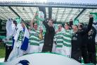 Scott Brown: Celtic boss Ronny Deila coping well with pressure