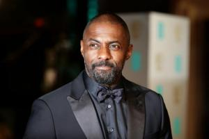 Evening Times: Idris Elba shares workout picture on Instagram - and fans are swooning