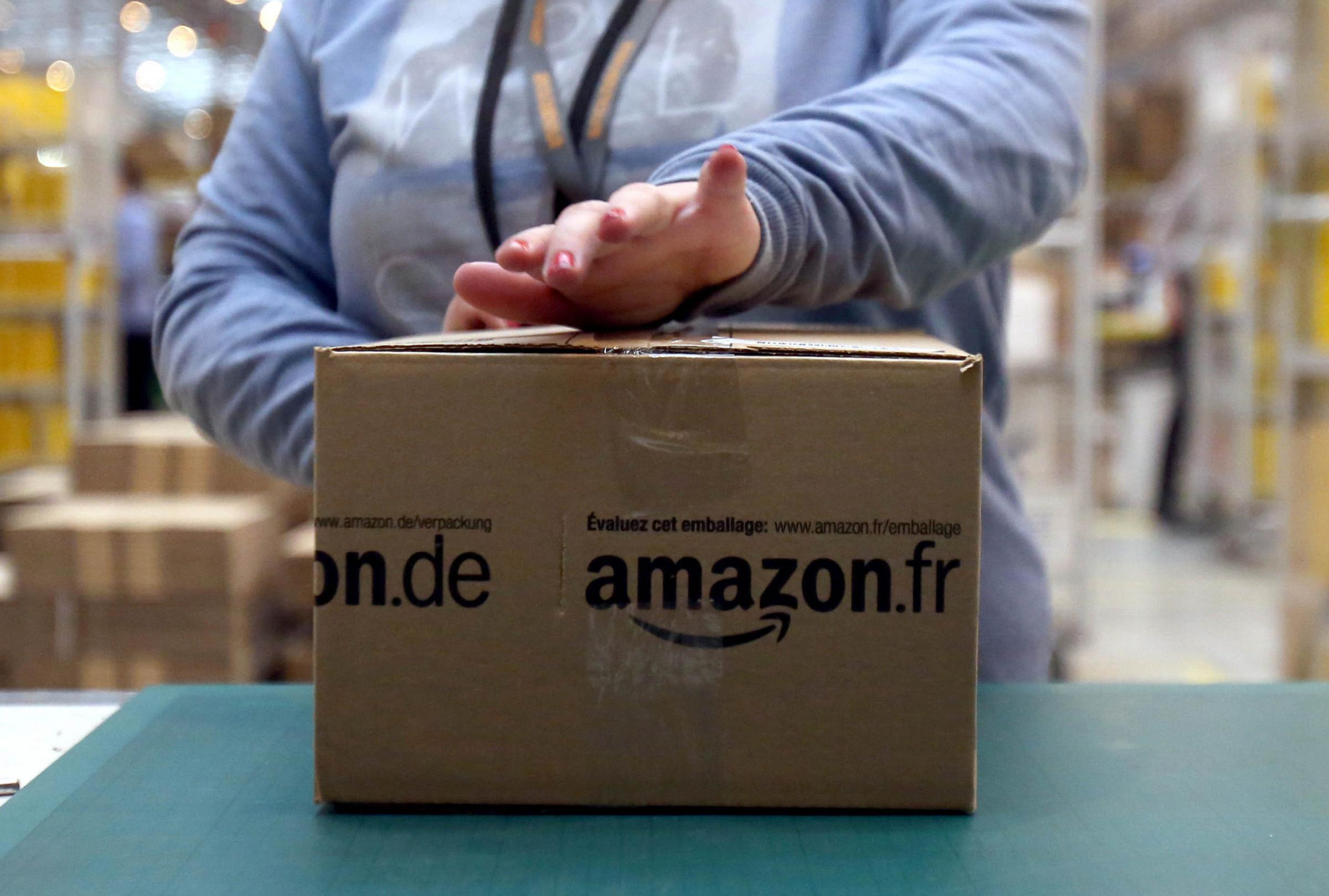 Amazon to create 1,000 Christmas jobs at Gourock centre