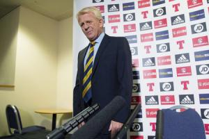 Scotland manager Gordon Strachan speaks to the press as he announces the squad for their game against England.