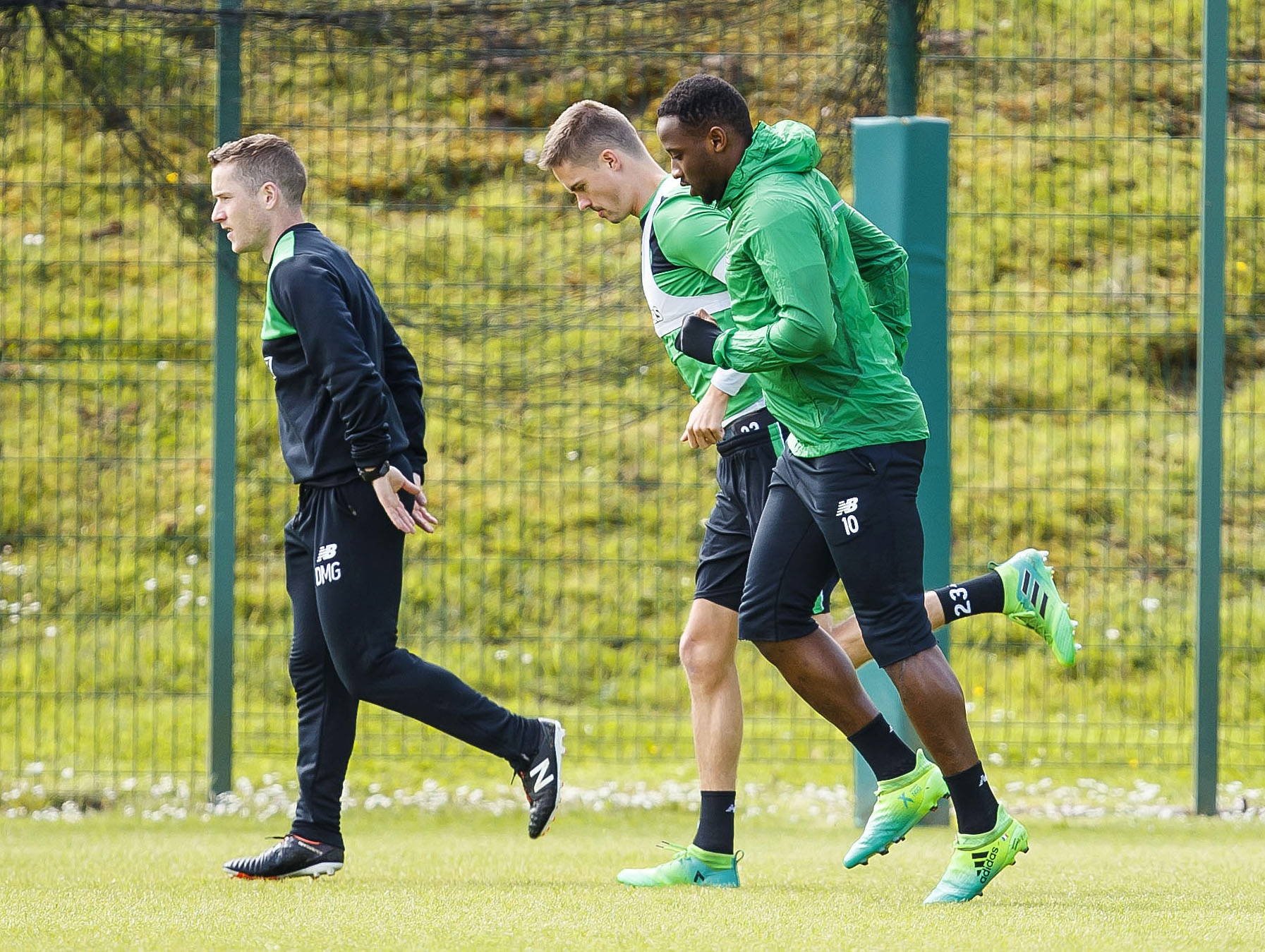 Moussa Dembele declared fit as Celtic prepare for Treble yell
