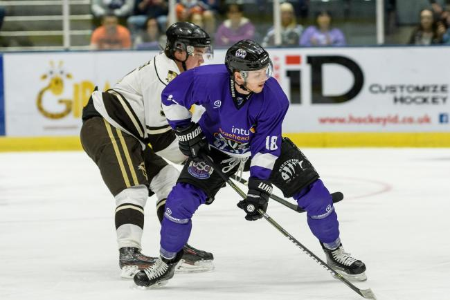 Braehead Clan host Canadian visitors (University of) Manitoba Bison in their last preseason friendlyon   ,31 August , Picture: Al Goold (www.algooldphoto.com)