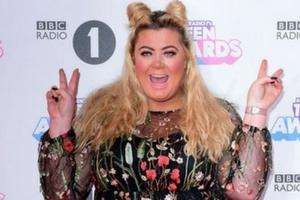 Towie star Gemma Collins suffers horror fall at major awards show