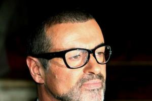 George Michael set for number one with posthumous album