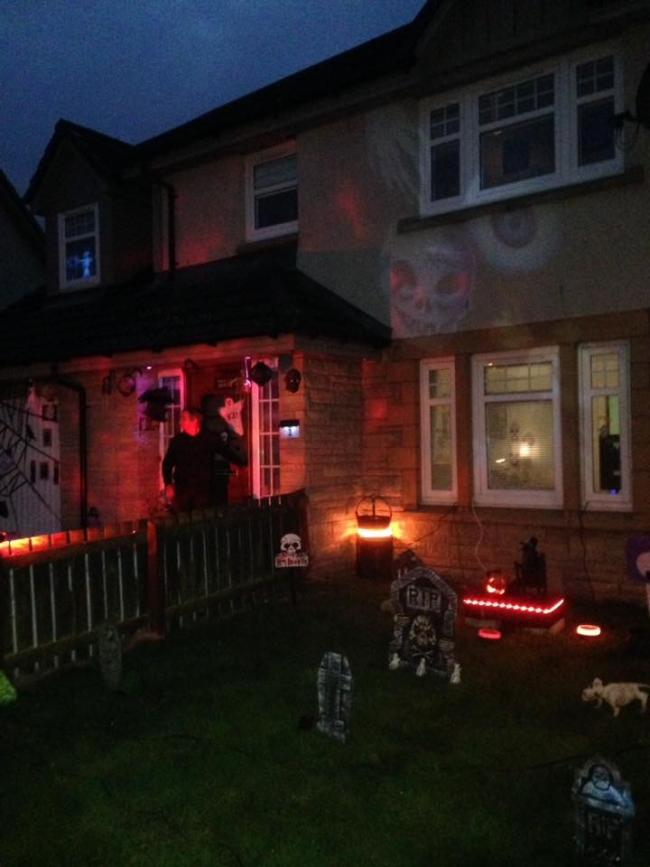My house in Newmains and me and my son at school disco tonight 👌😂🎃💀👺👻🦇☠️👿🐯👹⚡️