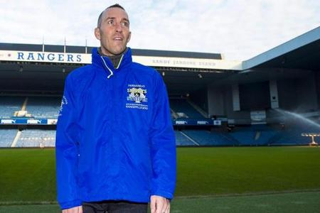 Gers ace Fernando Ricksen rushed to hospital with after Ibrox fan event