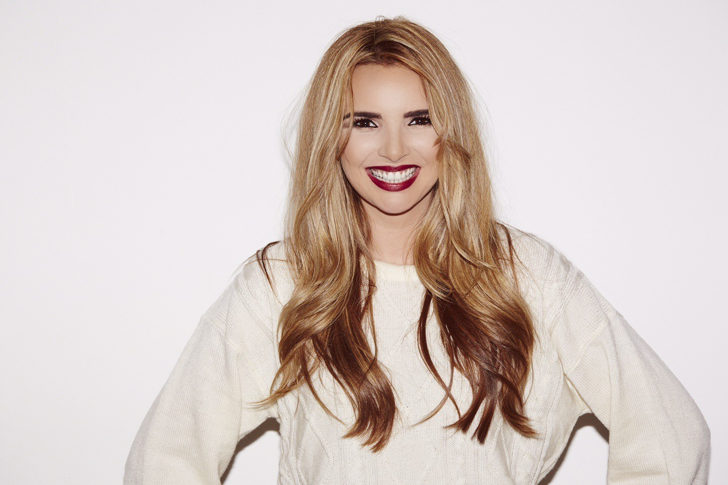 Nadine Coyle will be the headline star at the Christmas lights switch on