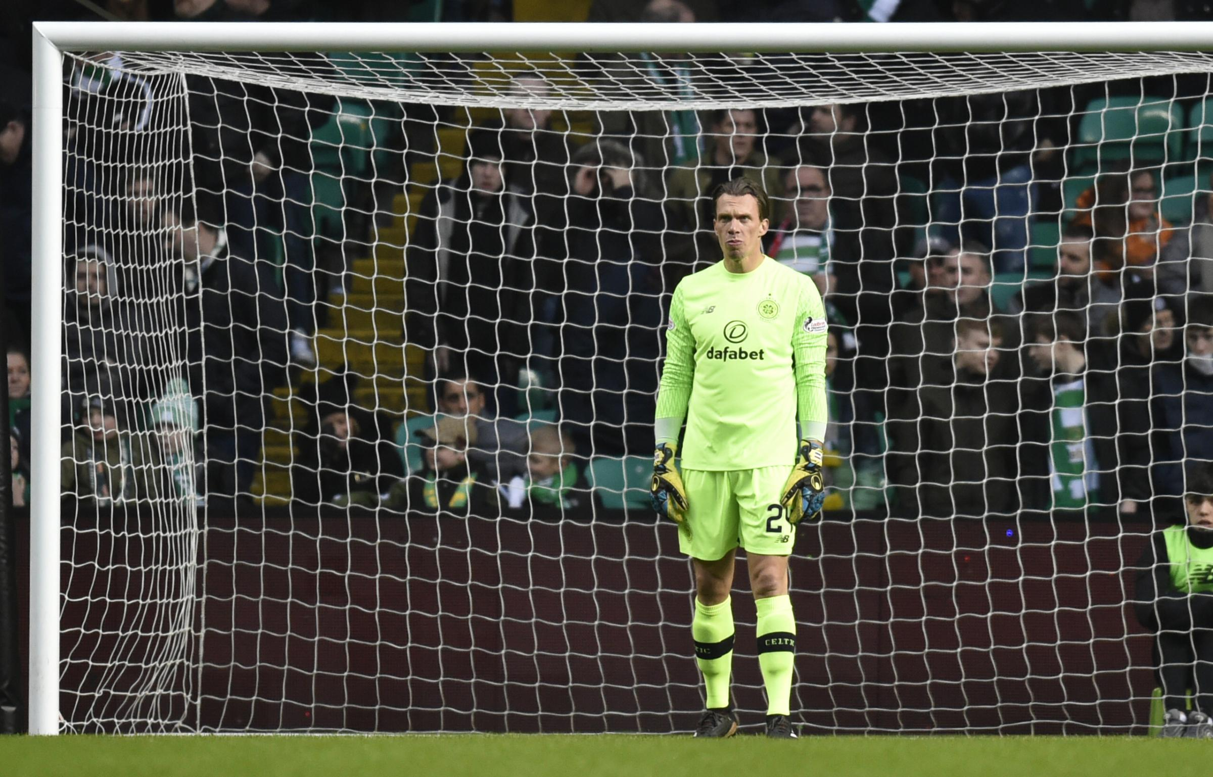 Dorus de Vries will get a run in the team with Craig Gordon out with a knee injury
