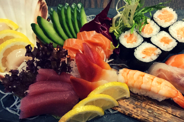 Sushi platter at eSUSHI Glasgow. Photo taken by Anne Gacutan.