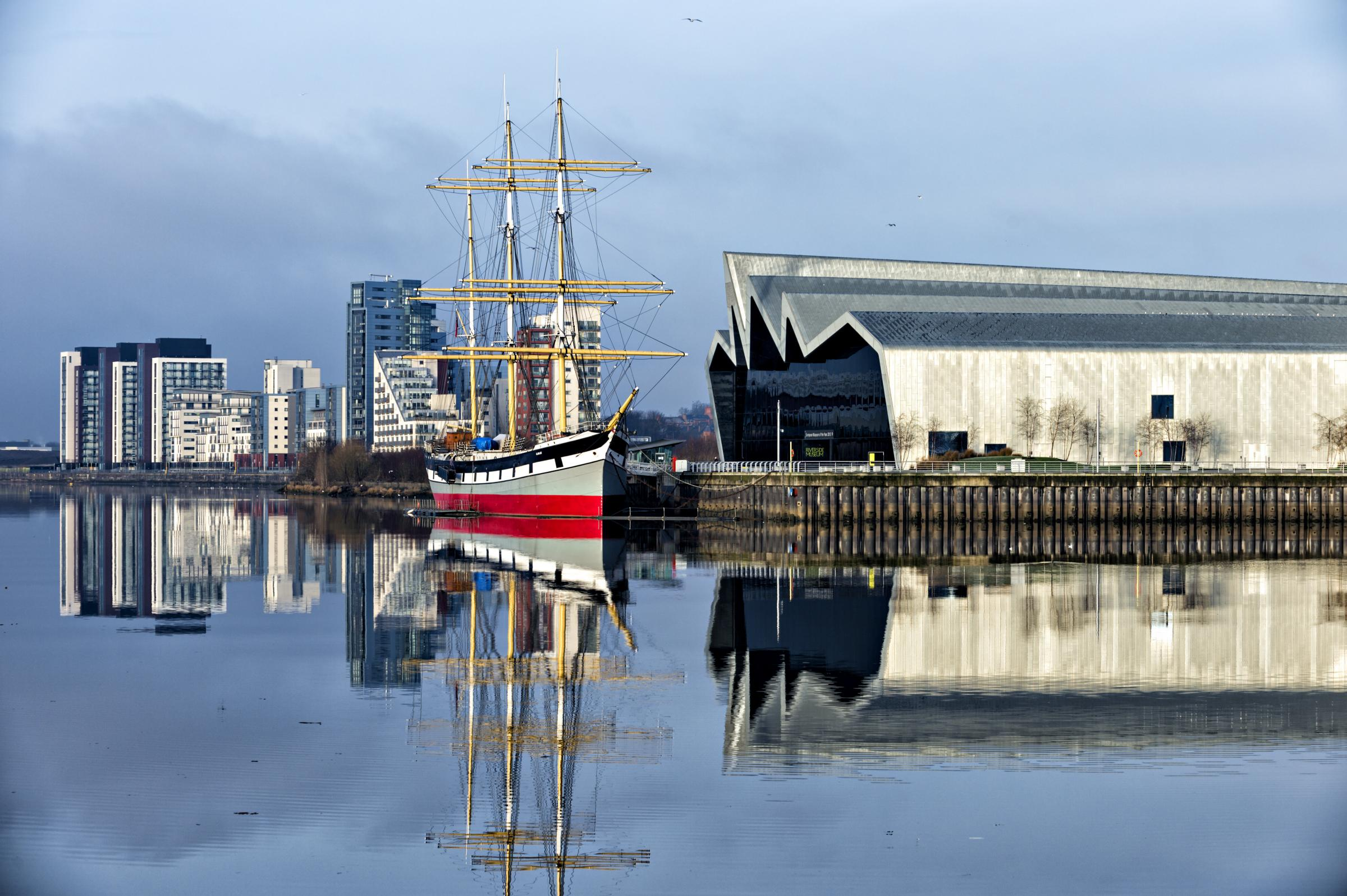 Tiew the tall ship Glenlee moored alongside the Riverside Museum