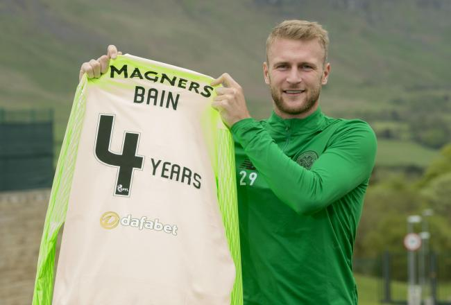 Scott Bain has signed a new deal at Celtic