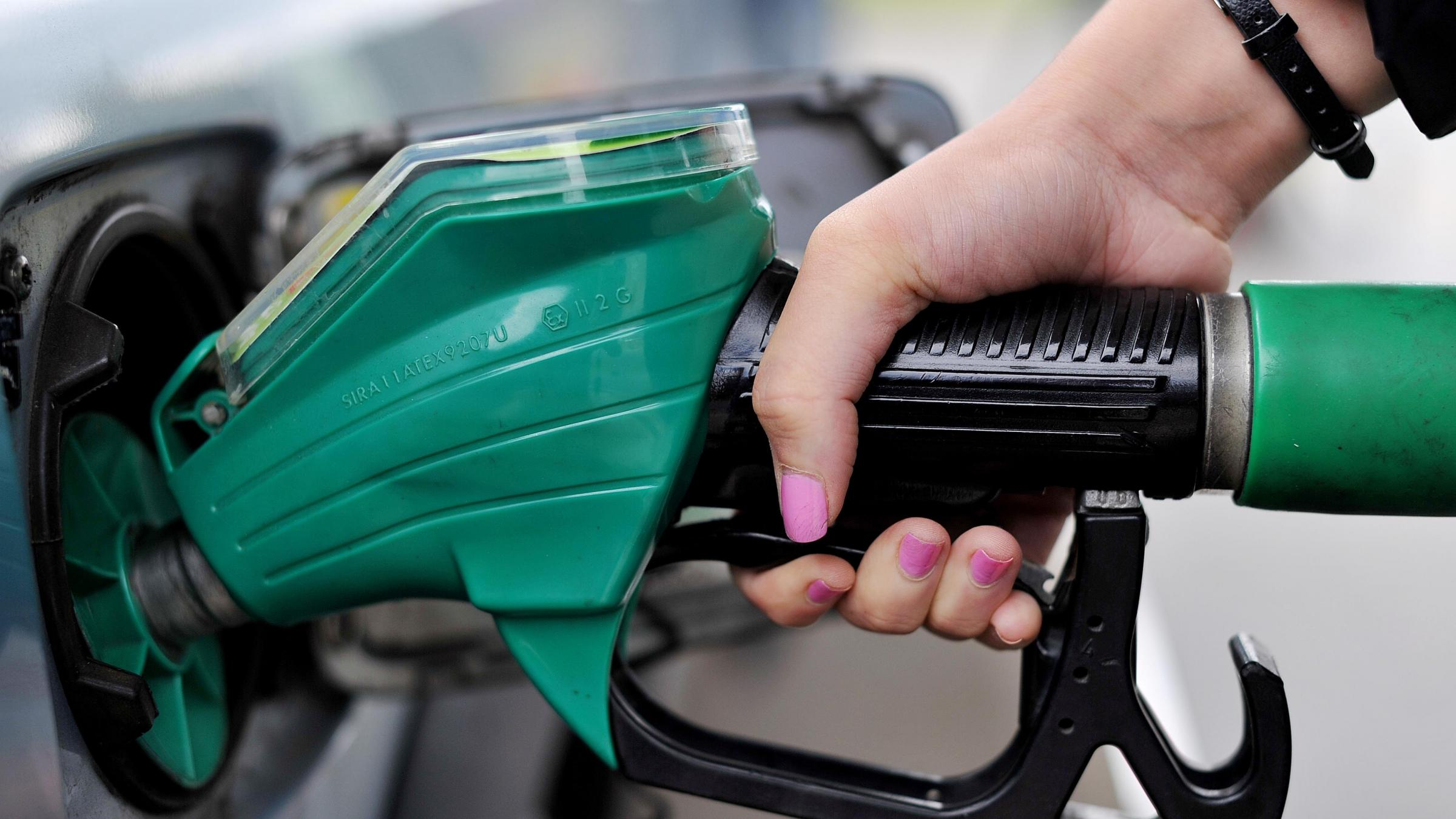 Asda cuts fuel prices by 3p per litre amid supermarket price war