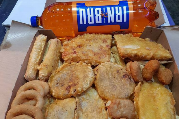 This chippy is offering the most Scottish munchy box ever - and people are going crazy for it