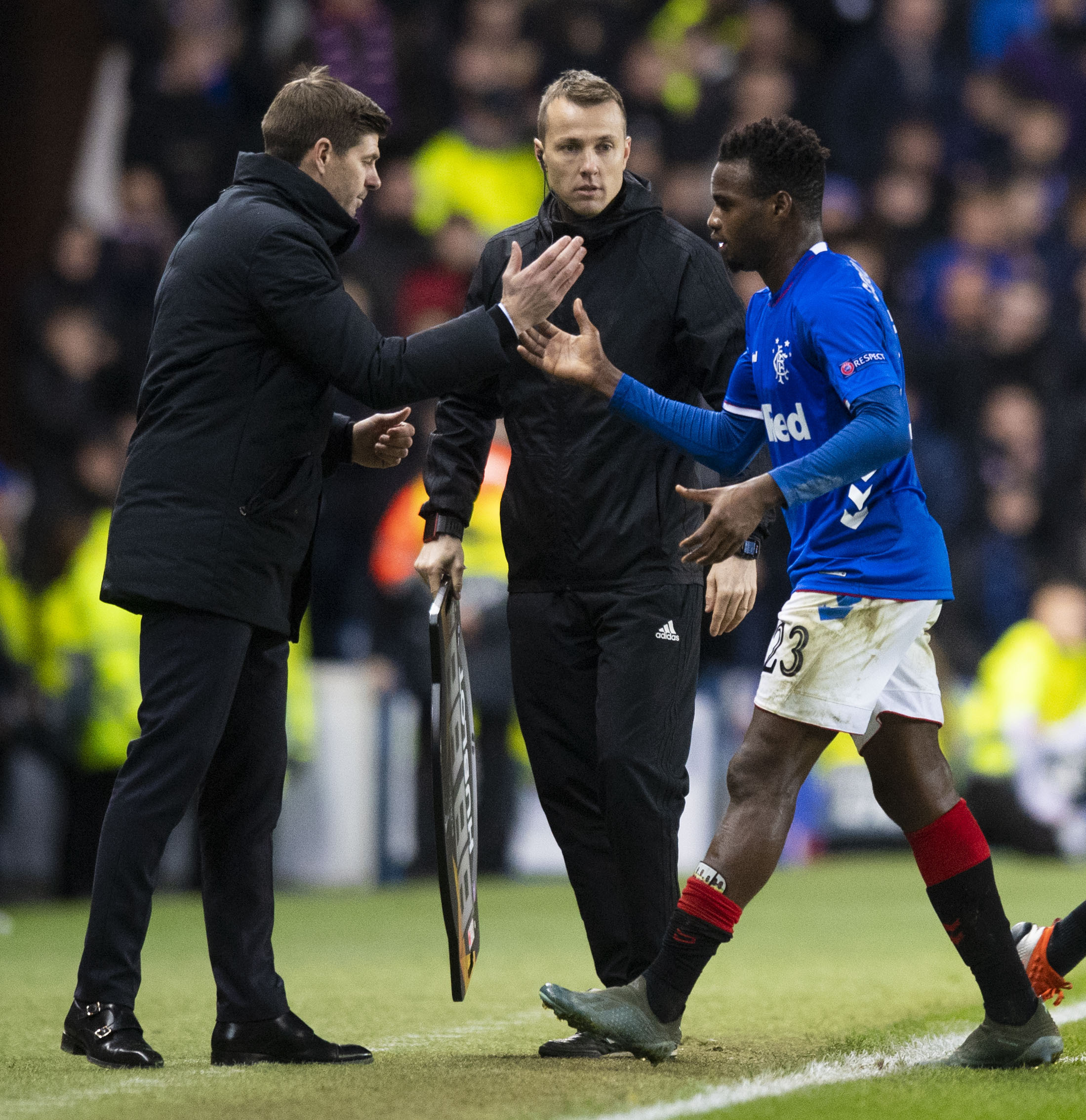 Steven Gerrard shakes hands with Lassana Coulibaly