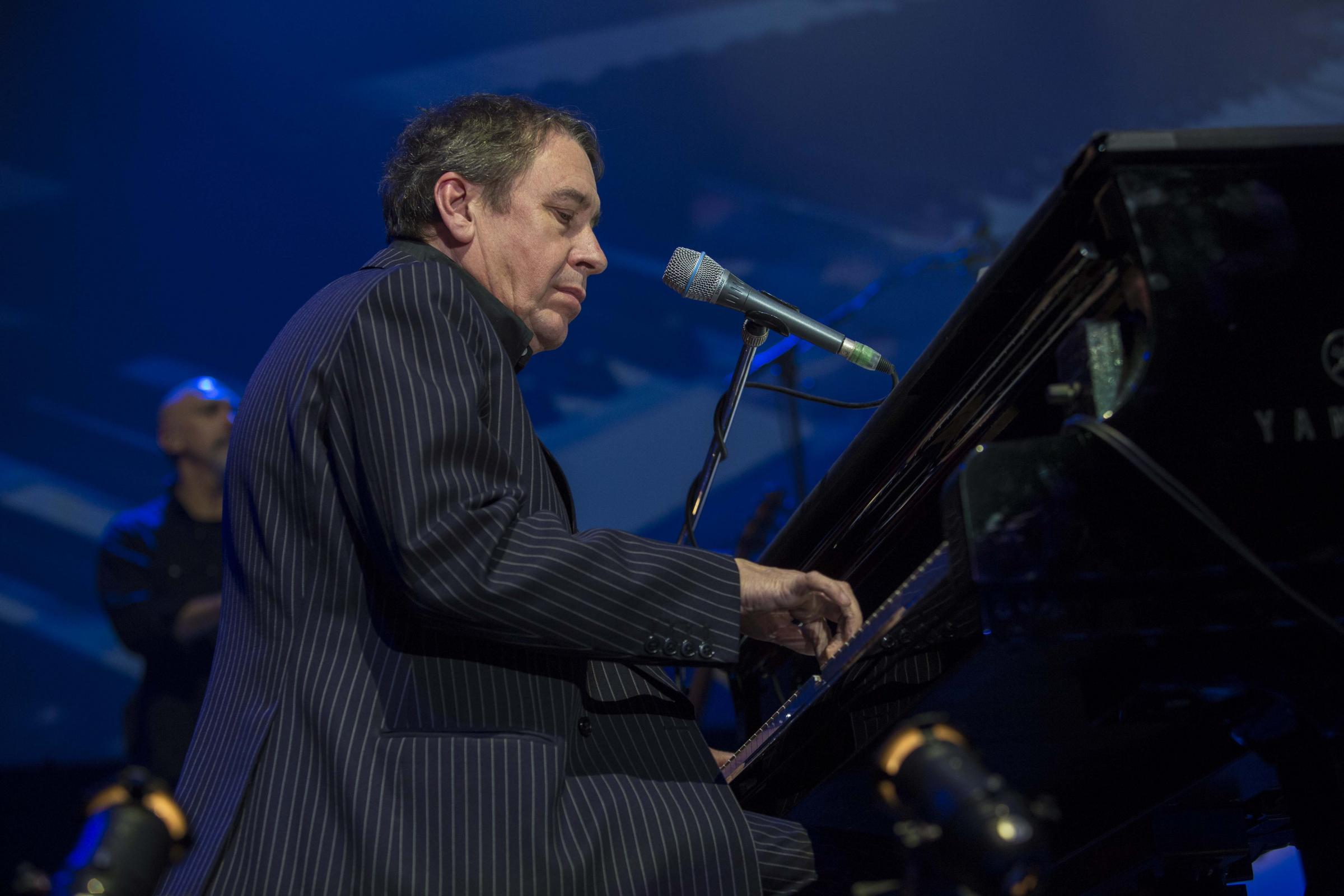Jools Holland announces Glasgow dates - and a special guest for the city
