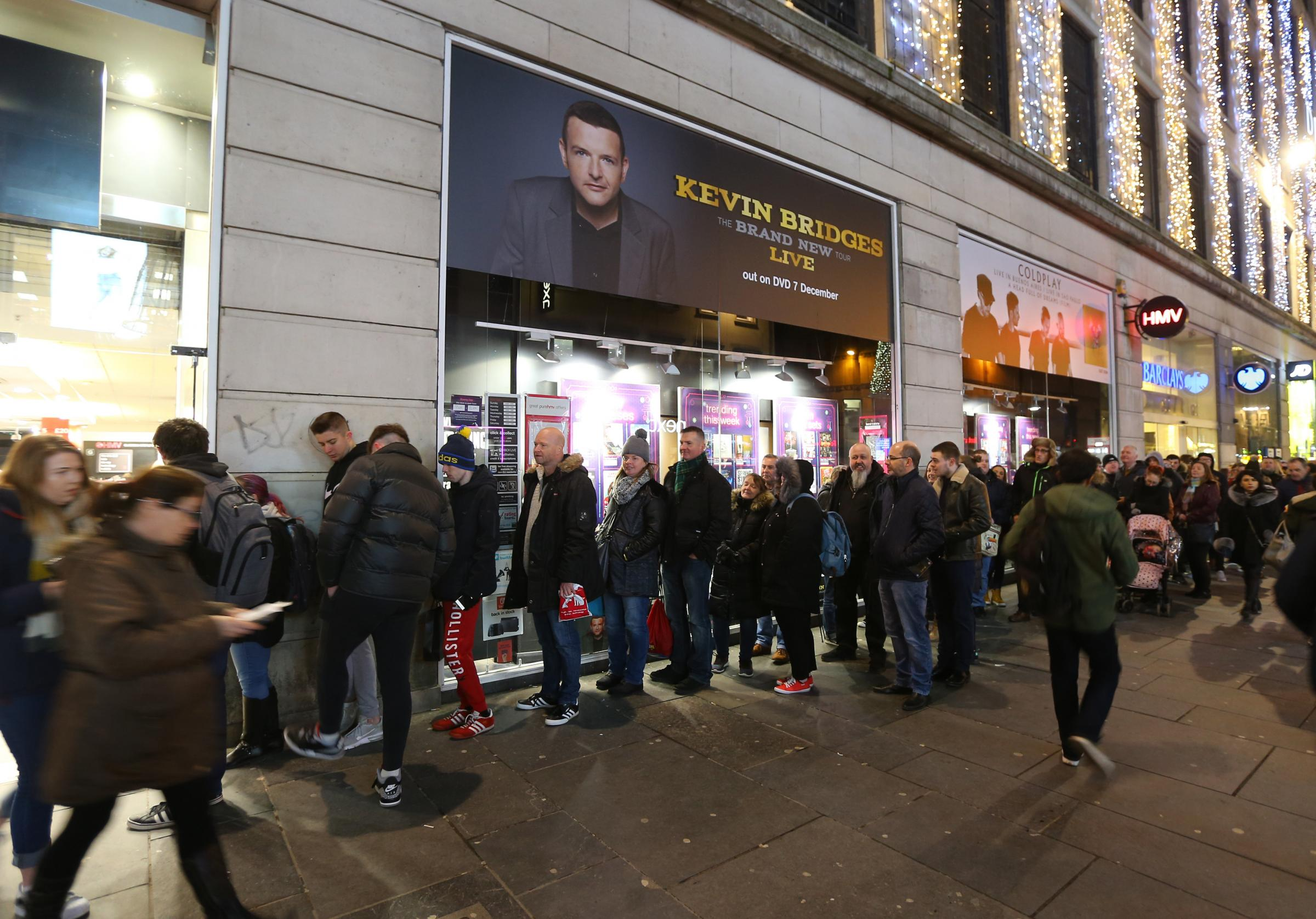 Kevin Bridges fans queue outside HMV Argyle Street to meet the comedian this month (Colin Mearns)