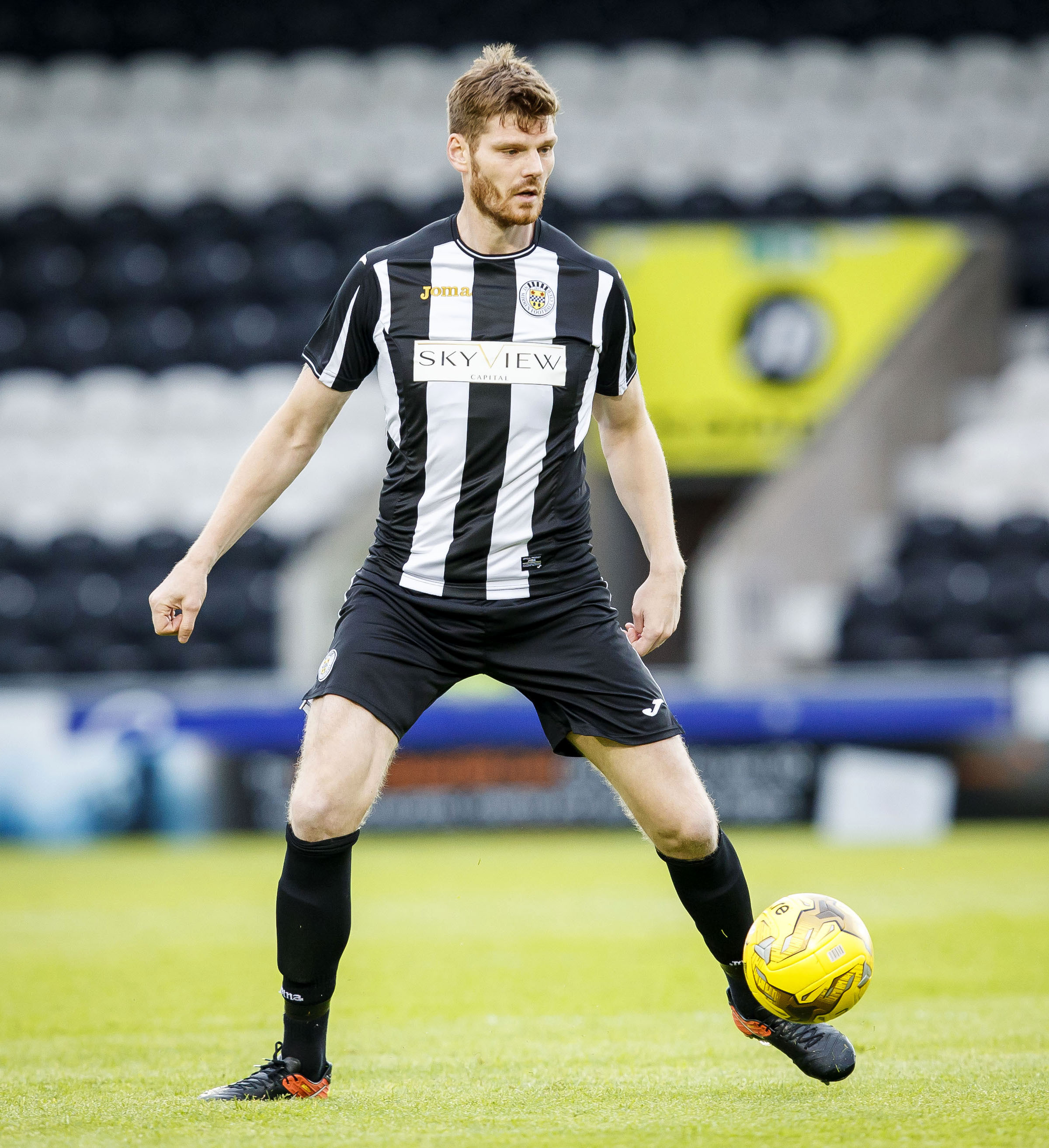 04/07/17 PRE-SEASON FRIENDLY ST MIRREN v DUNDEE (1-3) PAISLEY 2021 - PAISLEY St Mirren's Gary MacKenzie in action