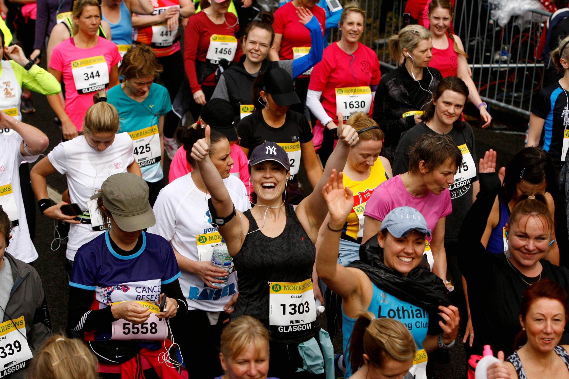 Women's 10K 2015.Womens 10K.Pictured.Runners approach the starting line..Picture Martin Shields.Herald & Times Ltd..