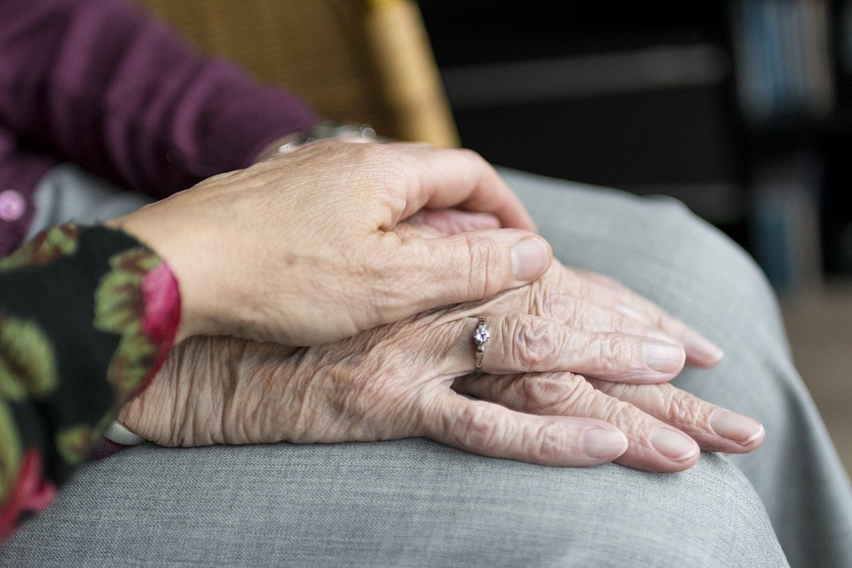 Glasgow home carers working with vulnerable residents feel 'unsafe'